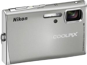 Nikon Coolpix S51 silber